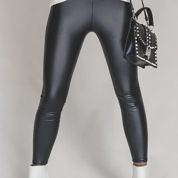 Zoro Black Liquid Leggings
