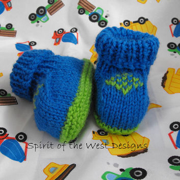 Knitting Pattern - Emeralds Baby Booties, Sizes newborn to 12 months, knit moccasin, Newborn booties, Baby Clothes, Baby accessories