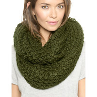 Chunky Braid Infinity Scarf in Green