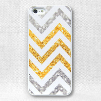 iPhone 5 Case, iPhone 5 Cases, iPhone 5 Case, iPhone 5 Cover  - Printed Chevron Glitter - 161