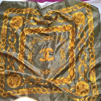 LMFON Vtg Chanel Scarf With Yellow/ Gold Chain Pattern