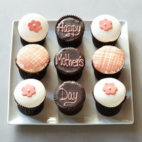 More® Happy Mother's Day Cupcake Sampler