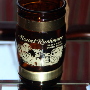 Mount Rushmore Souvenir Mug Brown Glass with Wooden Handle & Brass Accent Barrel Style