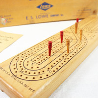 Vintage E.S. Lowe Company Cribbage Game Board