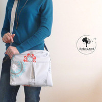 The Claybourne:  Medium Zippered Bag with Adjustable Strap from EchoLand Bags