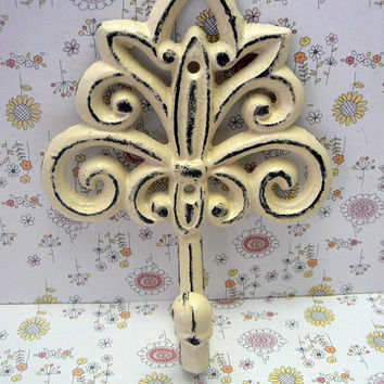 Fleur de lis Cast Iron Off White Cream Wall Hook Ornate French FDL Scroll Paris Shabby Style Chic Leash Jewelry Cap Bathroom Ornate Decor