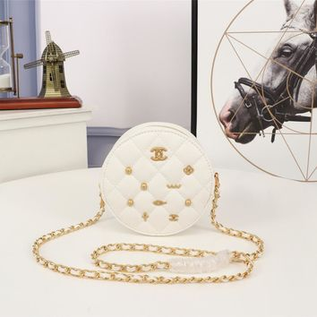 Kuyou Gb99822 Chan Round Shoulder Bag In White Calf Leather With Badge 13.5*13.5*6.5cm
