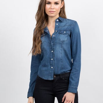 Classic Denim Button Up Shirt - Medium