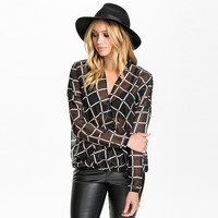 Black and White Chiffon Long Sleeve Plaid Top