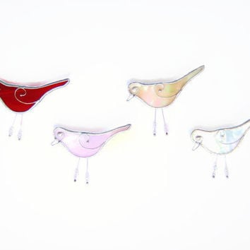 Stylized Bird Brooch Pin with Glass Beads, Stained Glass Jewellery for Everyday Wear, For Female Friends Who are Bird Lovers and Love Nature