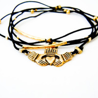 Irish Claddagh Bracelet (Gold and Black)