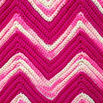Vintage 70s Pretty Pink Chevron Hand Crotched Afghan Girls Room