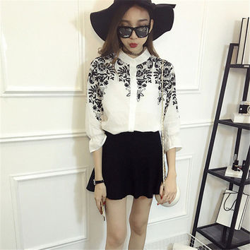 New Women Embroidery Print Blouse Stand Collar Three Quarter Sleeve Tee Shirt Button Blouses Fashion Plus Size Blusas 72197 GS