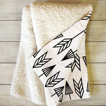 Holli Zollinger Arrows Fleece Throw Blanket