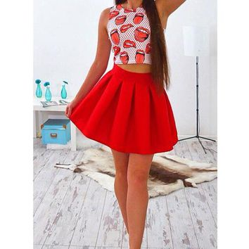 Print Bear Shoudler Crop Top with Pleated Short SkirtTwo Pieces Dress Set
