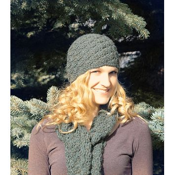Scallop Knit Hat - Scarf & Mitten Options