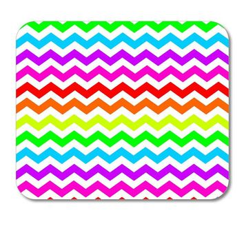 "DistinctInk Custom Foam Rubber Mouse Pad - 1/4"" Thick - Rainbow White Chevron Stripes Wave"