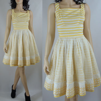 Vintage Drsss, Fifties Yellow Striped Fit and Flare Dress Striped Dress, XS