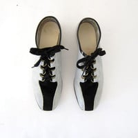 VIntage bowling shoes. black and gray suede oxfords