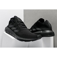 adidas Originals SWIFT Primeknit ¡°Triple Black¡± Running Shoes CG4126