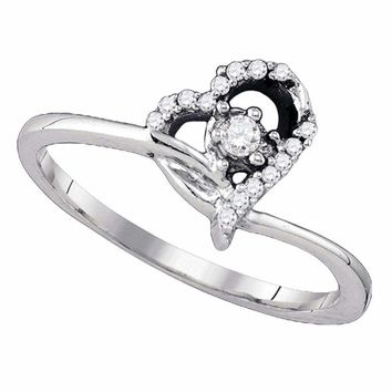 10k White Gold Round Diamond Womens Heart Dainty Promise Bridal Engagement Ring 1/8 Cttw