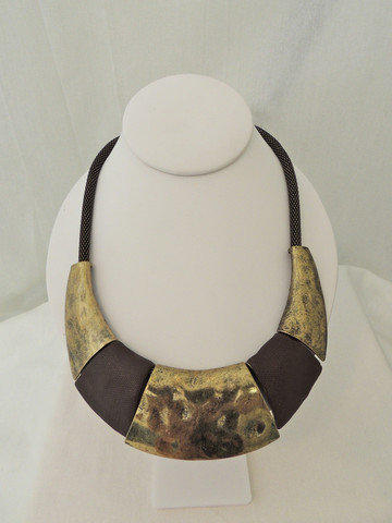 Sunkissed Cuff Necklace -  $25.00 | Daily Chic Accessories | International Shipping