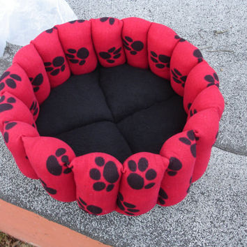 Cat bed, dog bed, pet bed, 16 inch, deep bed, round bed. Paw print bed