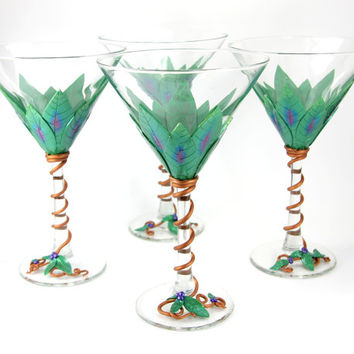4 Emerald Martini Glasses, Green, Custom Martini Glasses,  Wedding Gift , Handmade Martini, Unique Wine Glasses, Martini Gift