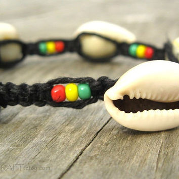 Rasta Hemp Bracelet, Chunky Cowrie Shell Black Hemp Bracelet with Glass Beads