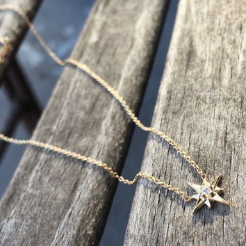 14k Gold North Star Necklace, Sold Gold Necklace, Diamond Star Necklace, Diamond Necklace, Dainty Jewelry, Minimal Jewelry