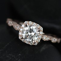 Rosados Box Christie Rose Gold Diamond Cushion Halo With Milgrain Engagement Ring