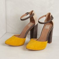Janie Colorblocked Pumps by Ella Moss Yellow 7.5 Heels