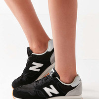 New Balance 520 Running Sneaker | Urban Outfitters