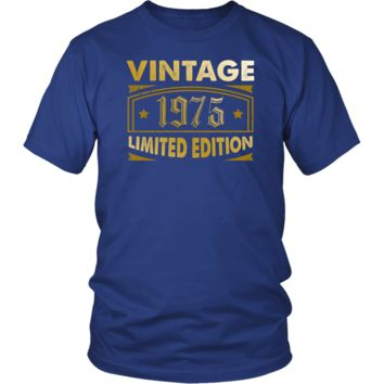 Men's Vintage 1975 43 Year Old Birthday Gift T-Shirt