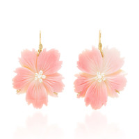 M'O Exclusive: Wild Rose Pink Conch Shell Earring | Moda Operandi