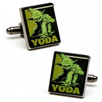 Star Wars Mens Fighting Yoda Cufflinks with Collectible Gift Box