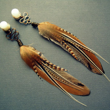 Feather Plugs 2g 0g 00g 1/2 9/16 Inch - Custom Plug or Tunnel Dangle Gauges with Tribal Feather Wire Wrap in 21ST CENTURY FOX Brown Ivory
