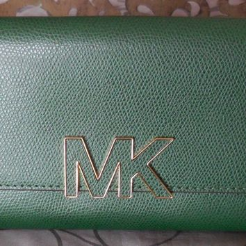 MICHAEL KORS ~FLORENCE Large Billfold LEATHER Clutch Wallet~GREEN~MOSS~ NWT $168