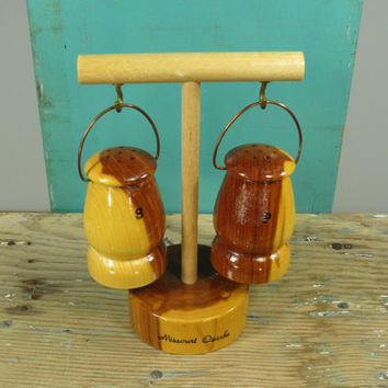 Missouri Ozarks Hanging Wooden Lanterns Salt and Pepper Shakers • Vintage Souvenir • Mid Century Salt n Pepper