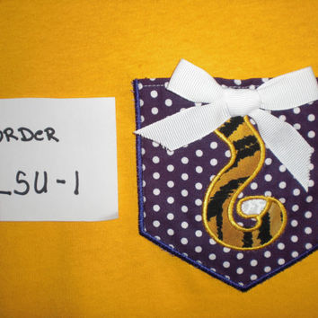 Creative pockets for your everyday t-shirts. Monogram pockets to special design pockets. We have a t-shirt for eveyone.