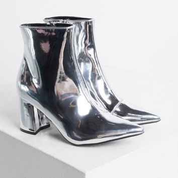 Cape Robbin Metallic Pointed Toe Chunky Heel Zip Up Ankle Booties in Silver
