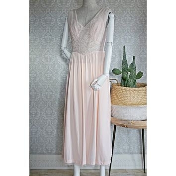 Vintage 1960s Romantic + Pink Lace Nightgown
