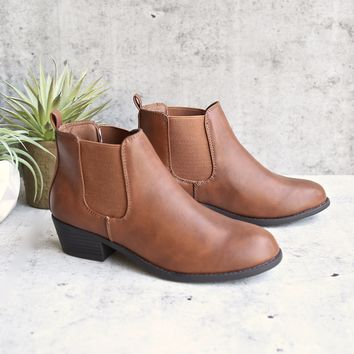ankle chelsea bootie - tan