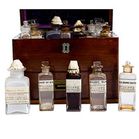 A Complete Apothecary Traveling Set, England, 1790 ca.