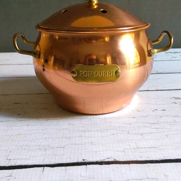 Copper Potpourri Pot/ Potpourri Holder/ Vintage Copper Pot/ Small Copper Pot/ Christmas Potpourri