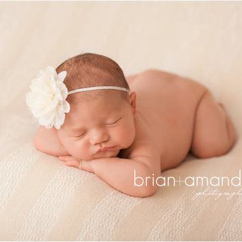 White Baby Headband, Newborn Headband, White Flower Headband, Flowergirl Headband, Baptism Headband, Newborn Photo Prop