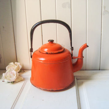 Vintage Orange Enamel Teapot, Burnt Orange Metal Rustic Teapot, Cottage Chic Tea Pot, Farmhouse Kitchen Decor, Photo Prop, Orange Tea Kettle