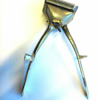 Vintage Hair Cutter, 1950's Barber Tool, Mechanical Hair Cutter,Vintage Hair Razor Clipper, Hand Operated Chrome Trimmer, Manual Clipper