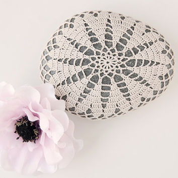 crochet covered rock, lace stone, beach wedding decor, ring bearer pillow, table decoration, beige thread, bowl element, valentine heart