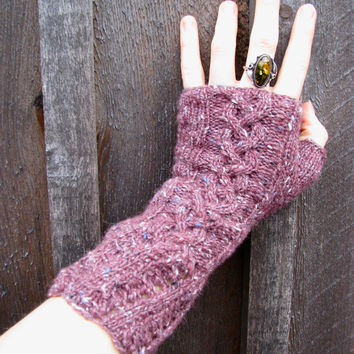 Gloves Women's Knitted Tweed PurplePink Cable by GretaHoneycutt